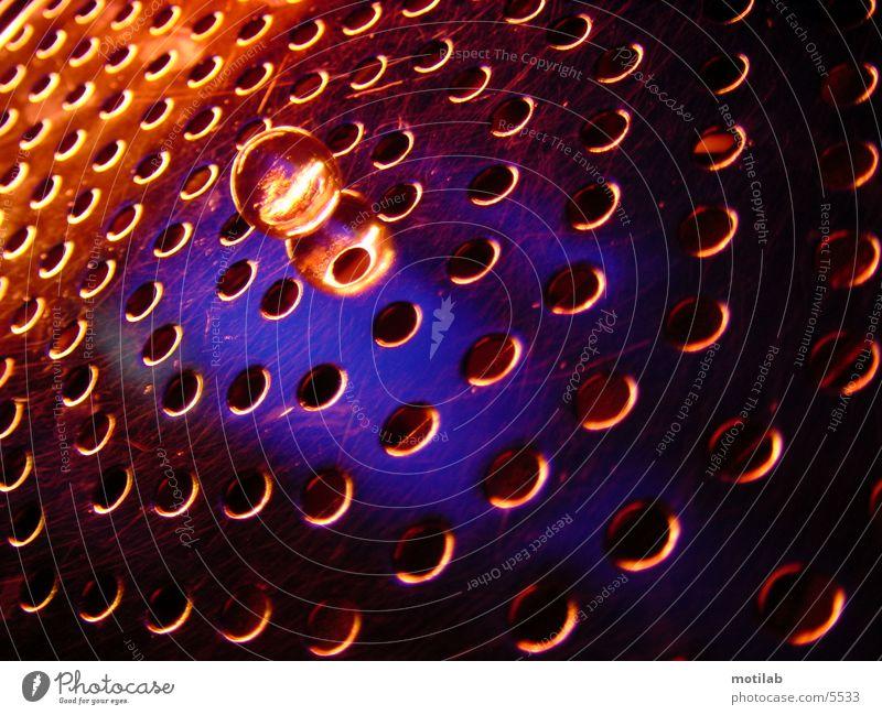 LichtSpiel blau rot Farbe Kugel Loch Lichtspiel Murmel Fototechnik