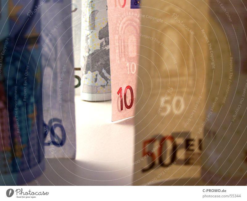 Säulen der Macht Mensch Mann weiß Einsamkeit Leben Architektur Freiheit Hintergrundbild Arme Erfolg Armut Europa Geld Sicherheit Geldinstitut