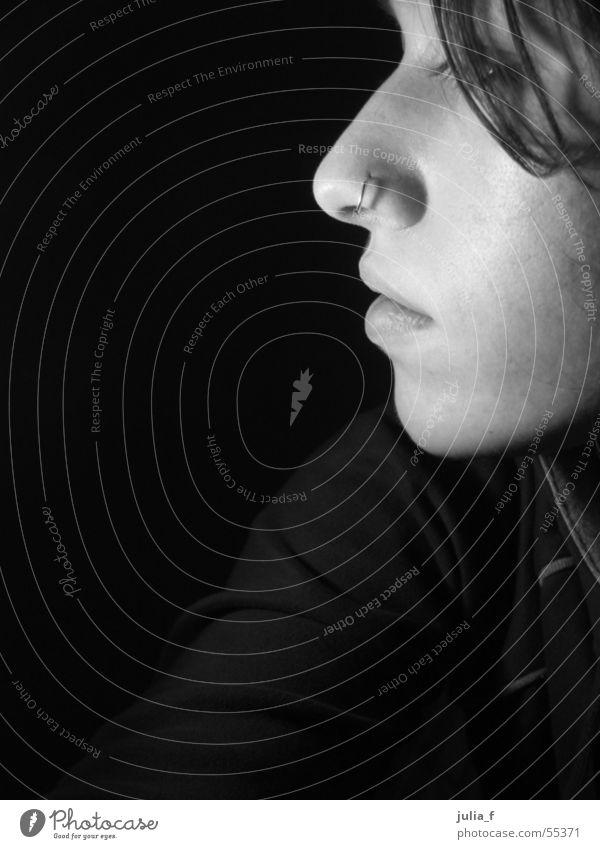 profil Frau weiß Gesicht schwarz Mund Beleuchtung Nase