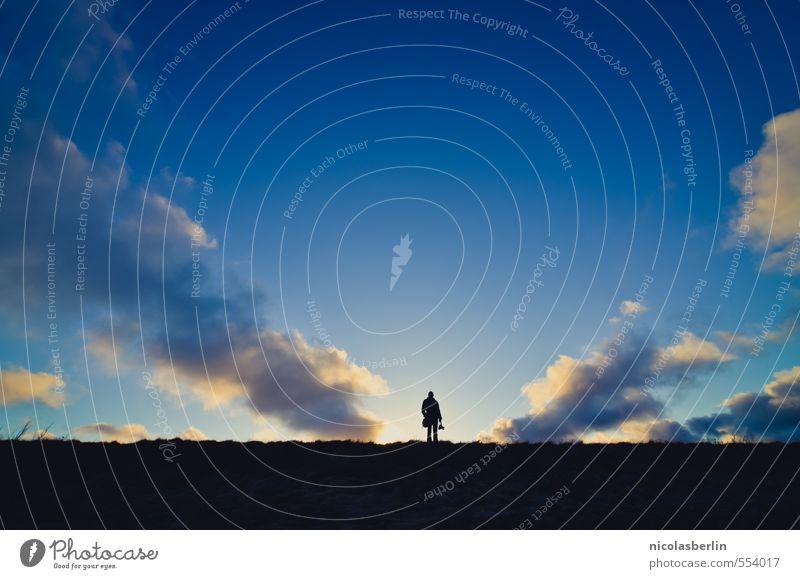 hieb- und stichfest | Last Man Standing ruhig Meditation Freizeit & Hobby Ferien & Urlaub & Reisen Abenteuer Ferne Freiheit wandern Fotokamera Mensch androgyn