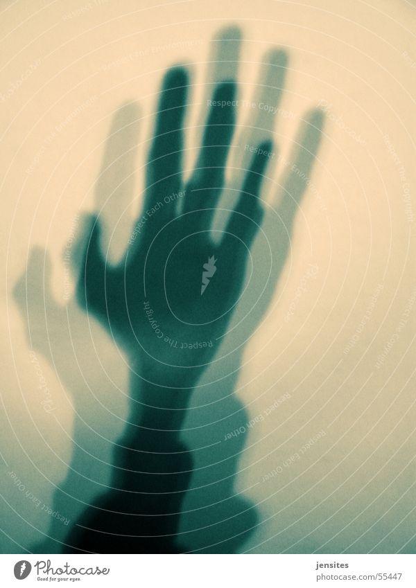 hands of god Hand Schatten schwarz Unschärfe Mensch Finger Daumen gelb Arme Illusion fingers thumb thumbs black Außerirdischer