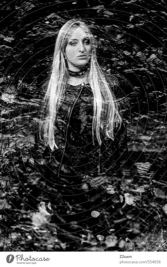 Dark Angel Lifestyle elegant Stil feminin Junge Frau Jugendliche 1 Mensch 18-30 Jahre Erwachsene Landschaft Wasser Baum Sträucher Wald Mode Coolness dunkel
