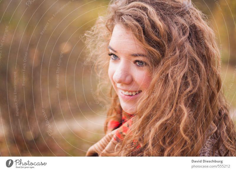 Lena II feminin Junge Frau Jugendliche Schwester Leben Kopf Gesicht 1 Mensch 13-18 Jahre Kind Frühling Herbst Schönes Wetter Park Wald brünett langhaarig Locken