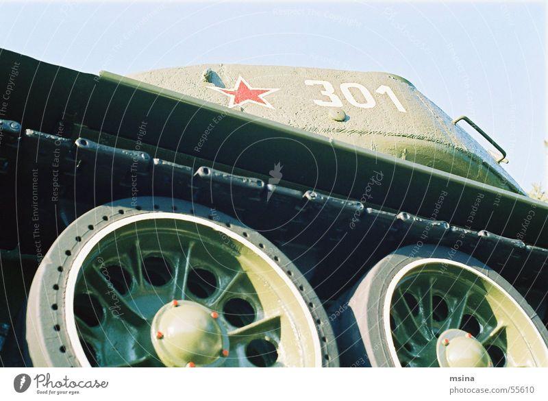 panzer Russen rot Armee Krieg erinnern gepanzert Frieden Rad Ende Stern (Symbol)