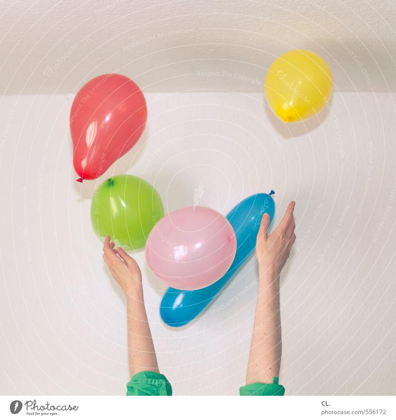 vor freude an die decke Freude Glück Raum Entertainment Party Veranstaltung Feste & Feiern Karneval Silvester u. Neujahr Geburtstag Mensch feminin Junge Frau