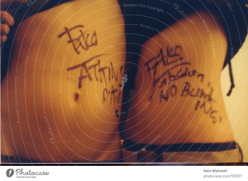 mcLusky nackt Schnur Bauch Punk Autogramm