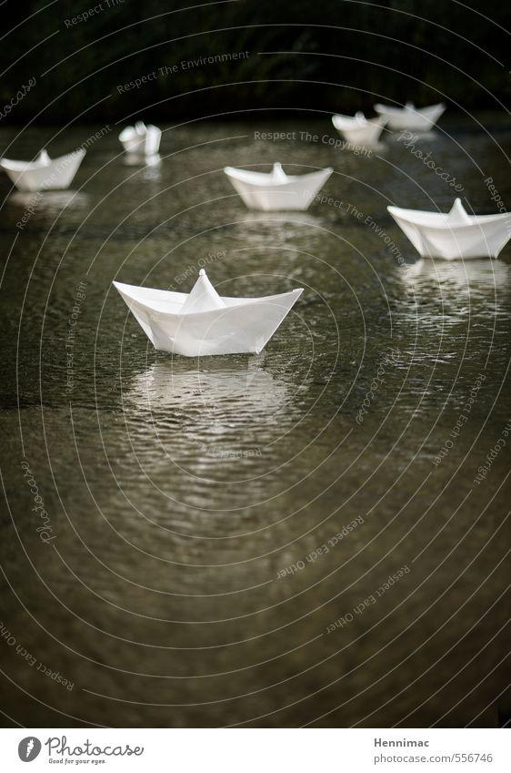 Seeschlacht. weiß Wasser See Wasserfahrzeug Kunst Dekoration & Verzierung mehrere Kommunizieren Kreativität Idee Kunststoff Im Wasser treiben Spielzeug Falte Schifffahrt Teich