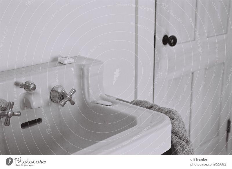 Badezimmer Wasser Handtuch Waschbecken Seife Türknauf