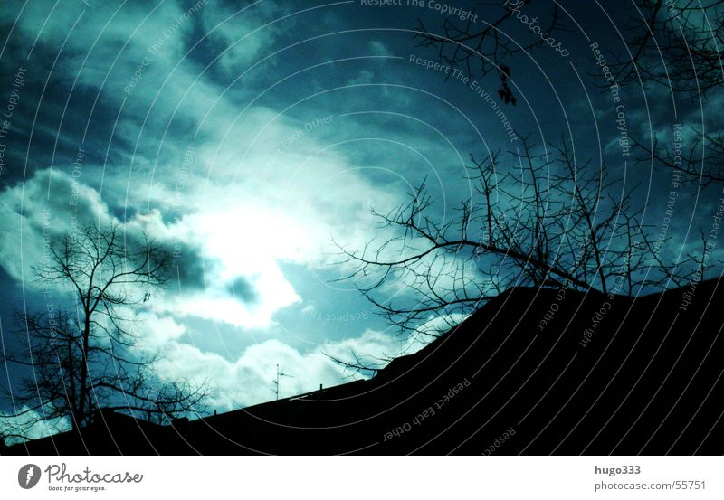 Das war ein schöner Sommer... Himmel Baum Sonne blau Haus Wolken Beleuchtung Wetter bedrohlich Ast Gewitter horizontal Kumulus quer Meteorologie