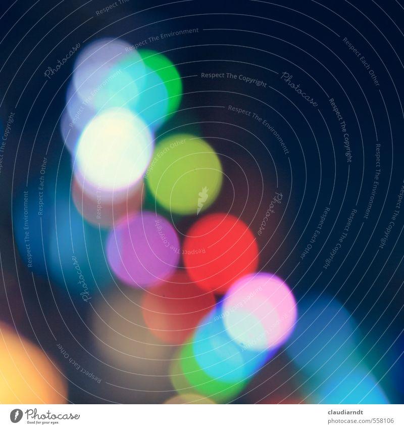 Lichtkonfetti Nachtleben Jahrmarkt leuchten rund blau mehrfarbig grün violett rot Kreis Lichtpunkt Unschärfe Hintergrundbild Farbfoto Detailaufnahme Experiment