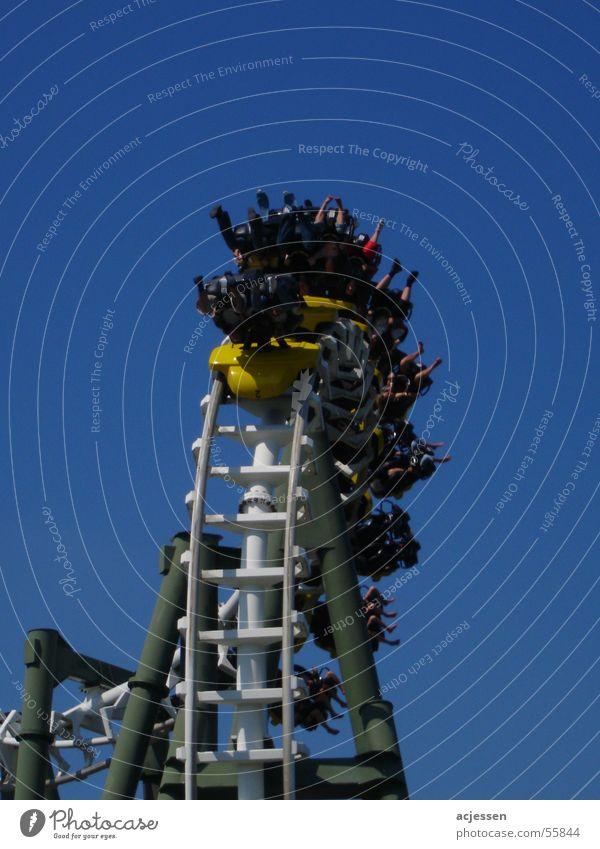 Achterbahn schreien Soltau Aktion Sommer heidepark über kopf fun roller coaster