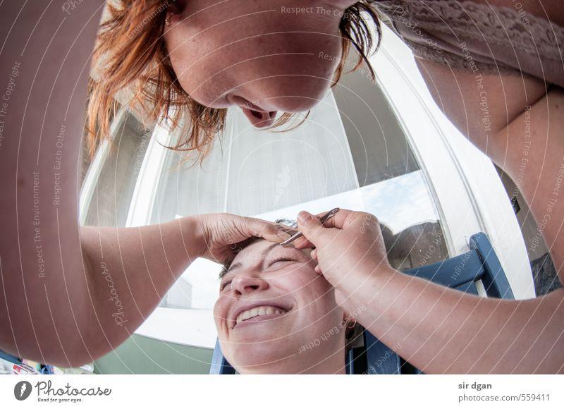 gesichtskorrektur Stil Freude schön Haare & Frisuren Gesicht Mensch feminin Junge Frau Jugendliche Freundschaft Körper Kopf 2 30-45 Jahre Erwachsene berühren