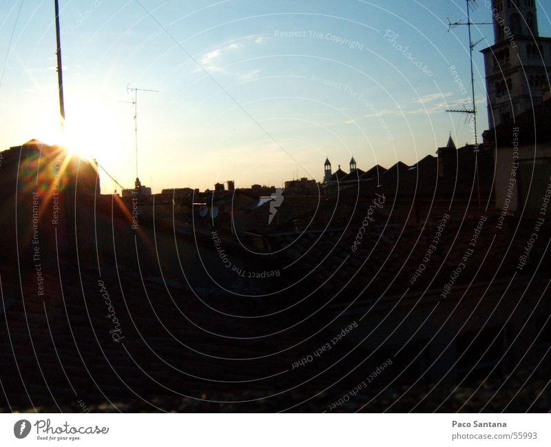 Modena - Castellaro Stadt Sonnenuntergang Himmel Italien modena sky sun