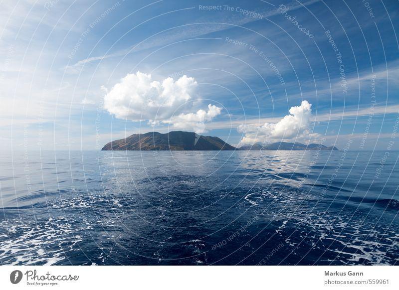 Liparische Inseln Ferien & Urlaub & Reisen Sommer Natur Landschaft Wasser Himmel Wolken blau Italien Meer Wasseroberfläche Mittelmeer Segeln Farbfoto