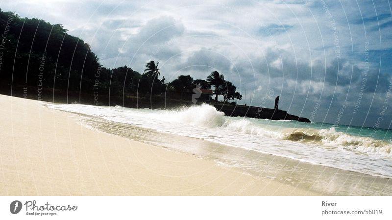 Beach Meer Wellen weißer sandstrand