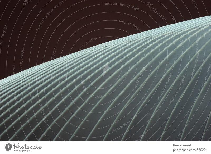 Aussenhaut Dach Kuppeldach Blech Konstruktion Schwebedach Nacht Beleuchtung erleuchten Licht Wellen aktuell Design Lagerhalle Strukturen & Formen Metall