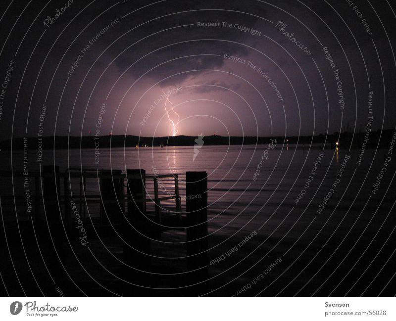 Hitzegewitter1 Blitze Nacht dunkel See Gewitter