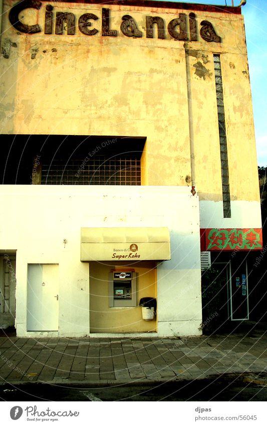 Cinelandia Gebäude Fassade Kino Automat Curaçao Geldautomat