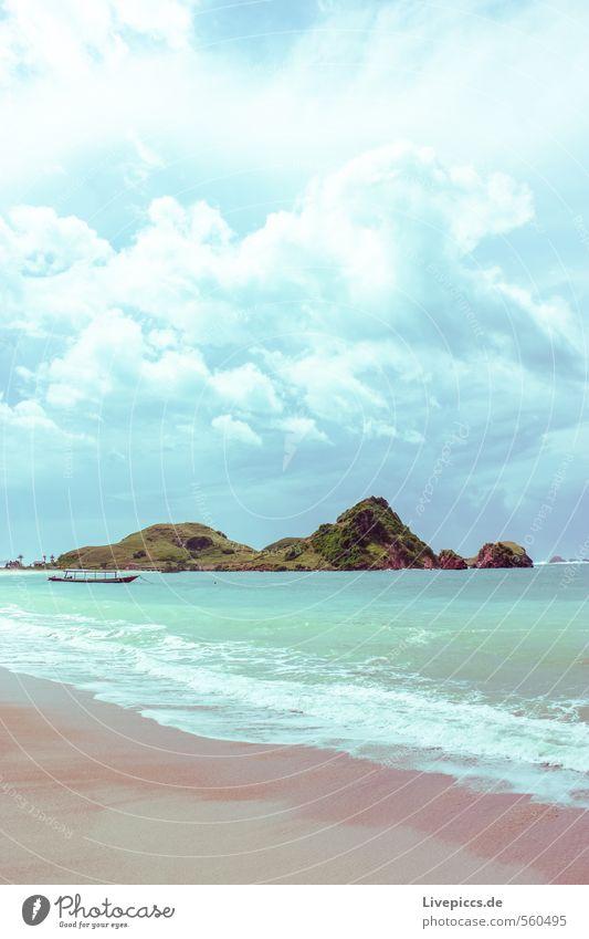 irgendwo anders... Ferien & Urlaub & Reisen Tourismus Ausflug Abenteuer Sommer Sonne Strand Meer Insel Wellen Umwelt Natur Landschaft Wasser Himmel Wolken