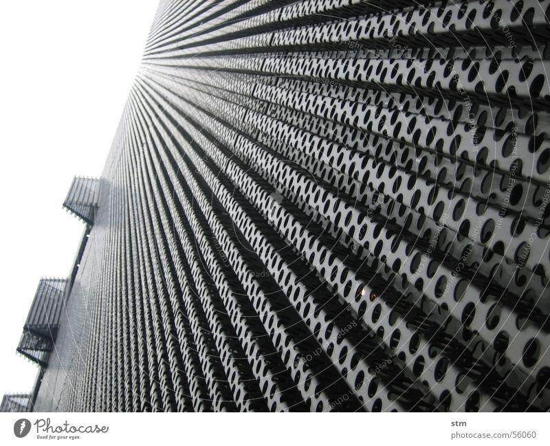 leichte kost Lochblech Stahl Material Perspektive Strukturen & Formen Architektur