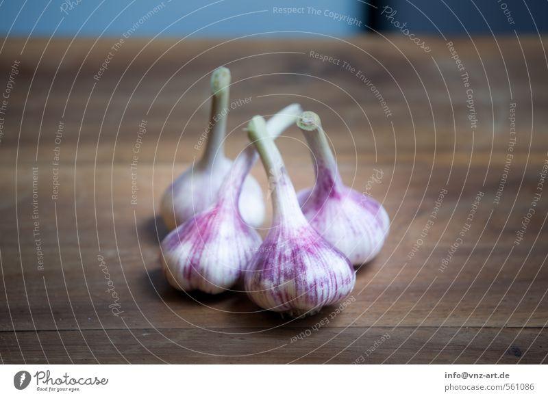 Garlic Holz braun Lebensmittel frisch Ernährung Kochen & Garen & Backen violett Kräuter & Gewürze Bioprodukte Holzbrett Abendessen Würzig Knoblauch