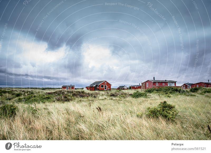 Himmel Natur Ferien & Urlaub & Reisen blau Farbe Sommer rot Landschaft Wolken Haus Strand Gras Küste Architektur Gebäude Sand
