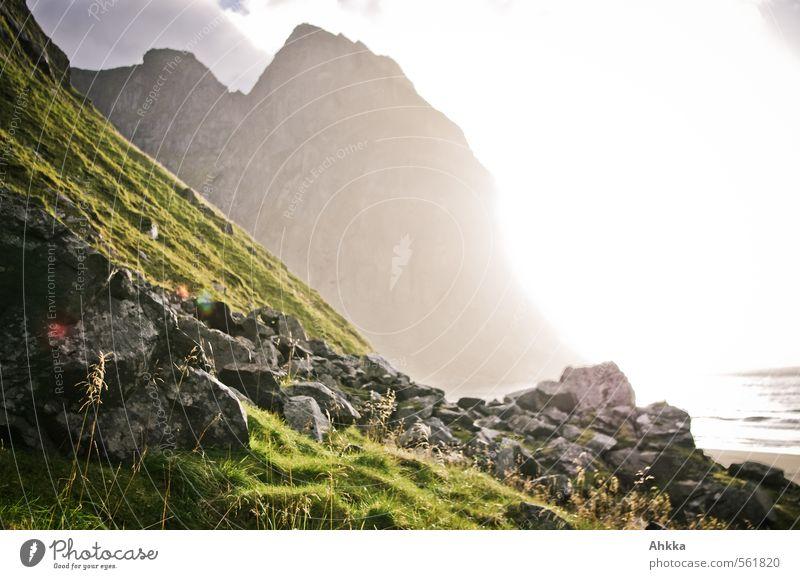 Strandbild Natur Meer Erholung Landschaft ruhig Ferne Berge u. Gebirge Leben Gras Küste Freiheit Gesundheit Felsen Stimmung Zufriedenheit