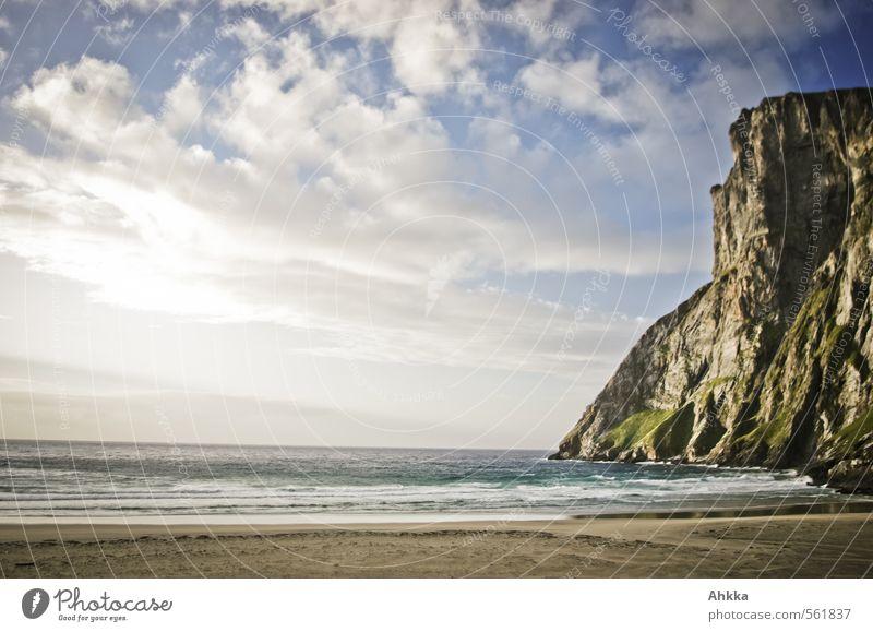 einatmen ausatmen Natur Meer Erholung Landschaft ruhig Strand Ferne Küste Freiheit Glück Stimmung Wellen Zufriedenheit Schönes Wetter Insel Ausflug