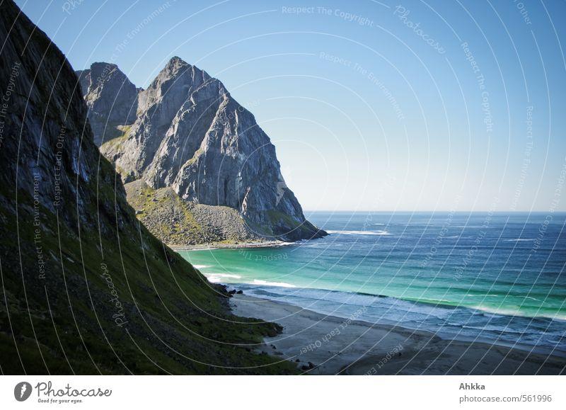 beach Ferien & Urlaub & Reisen blau Meer Einsamkeit Erholung Landschaft ruhig Ferne Strand Küste Freiheit Gesundheit Wellen Tourismus einzigartig Abenteuer