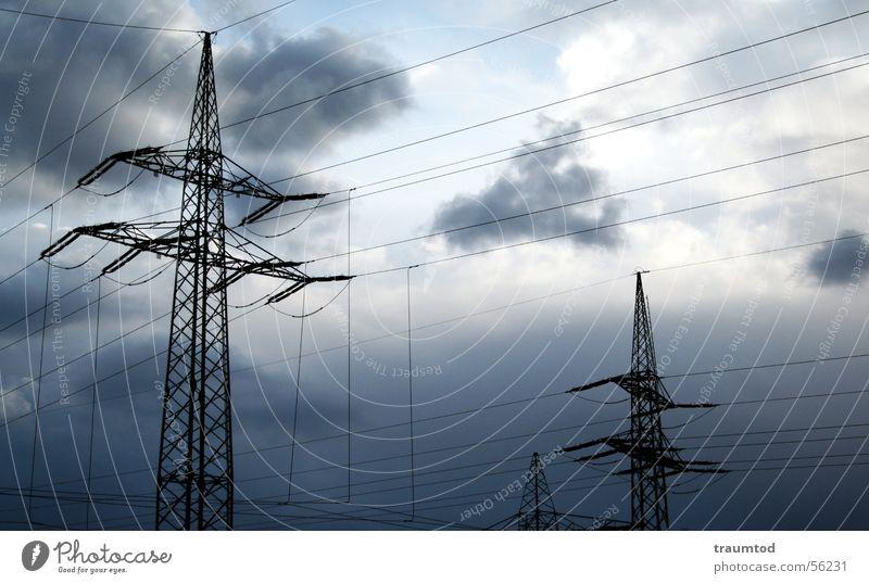 Opening. Strommast Stahl Elektrizität stark Starkstrom Wolken Regen Leitung Himmel Industriefotografie industrial Wattenmeer Kabel blau Sonne Natur
