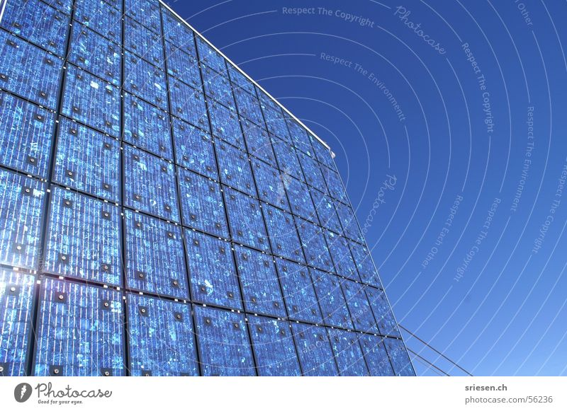 Solarpanel Himmel Sonne Berge u. Gebirge Kraft Architektur Energiewirtschaft Elektrizität Niveau Schweiz Sonnenenergie Rechteck Hochspannungsleitung alternativ