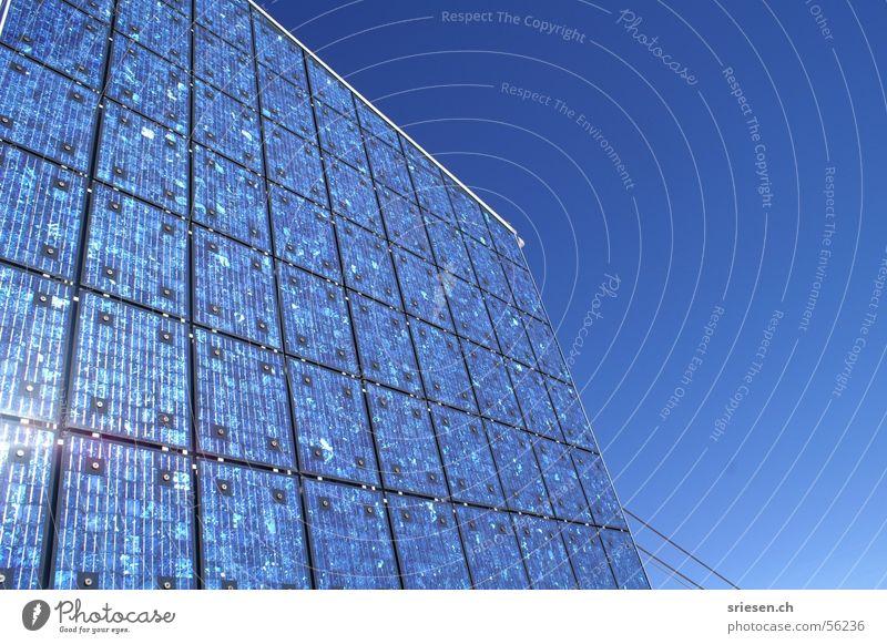 Solarpanel Himmel Sonne Berge u. Gebirge Kraft Architektur Energiewirtschaft Elektrizität Niveau Schweiz Sonnenenergie Rechteck Hochspannungsleitung alternativ Solarzelle Seilbahn umweltfreundlich