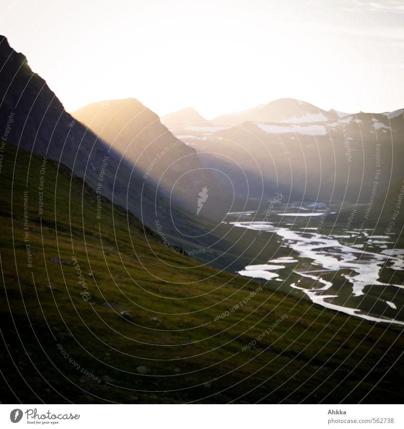 Diffusion Natur Erholung Landschaft Ferne Berge u. Gebirge Leben Stimmung Freundschaft Zusammensein Zufriedenheit Tourismus Ausflug Warmherzigkeit Abenteuer Gipfel Fluss