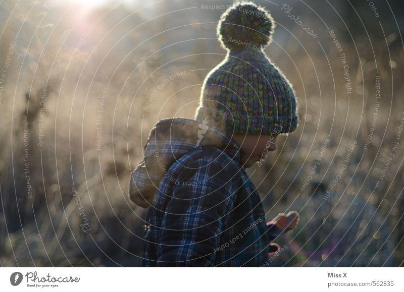 Wandern in der Kälte Freizeit & Hobby Spielen Garten Mensch maskulin feminin Kind Kleinkind 1 1-3 Jahre 3-8 Jahre Kindheit Natur Winter Wetter Eis Frost Schnee