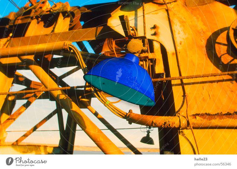 Farbe Blau Lampe Stimmung Licht blau Schatten