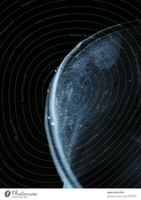 Glas (1) Staub Kratzer Licht dunkel Schatten Makroaufnahme Gefäße