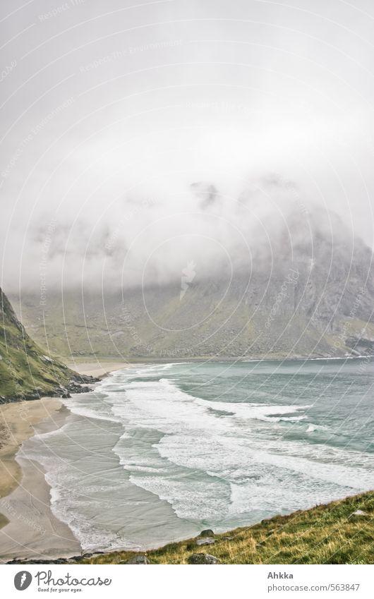 kalter Hauch II Natur Meer Einsamkeit Landschaft ruhig Berge u. Gebirge Bewegung Küste Stimmung Regen Kraft Wellen Nebel Wind Zufriedenheit Wandel & Veränderung
