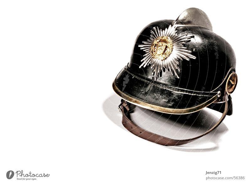 Fireforce. Brand Sicherheit Schutz Rettung Feuerwehrmann Helm retten Kopfbedeckung Strandposten Retter