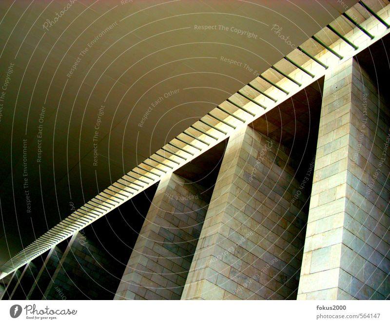 spannend Lissabon Portugal Europa Hauptstadt Architektur Dach expo98 Stein Beton Metall ästhetisch eckig hoch modern oben Sauberkeit stark blau braun gelb grau