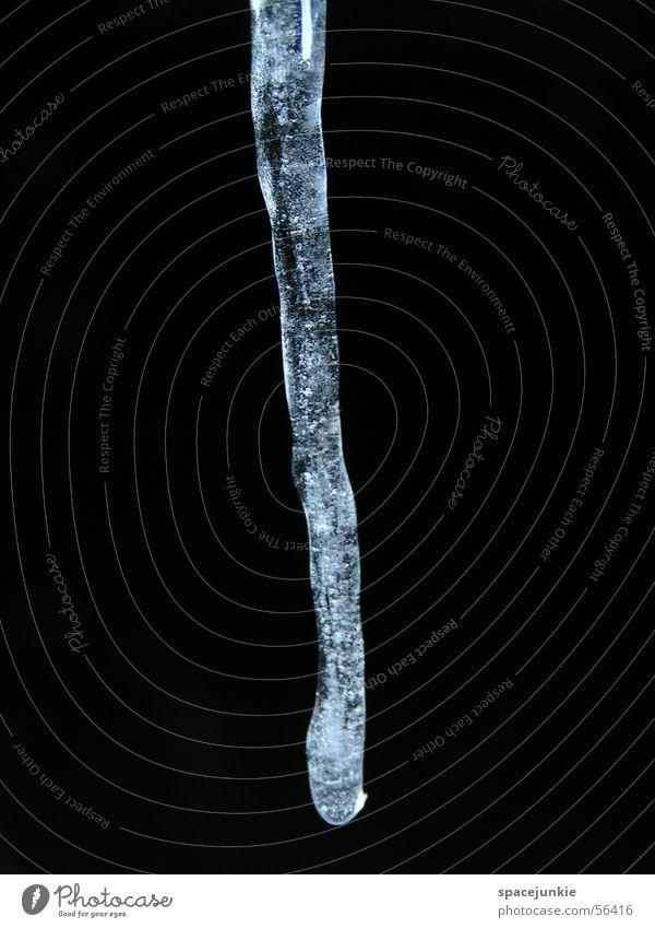 Eiszapfen (2) Wasser weiß schwarz dunkel Eis Eiszapfen