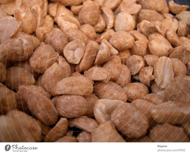 Mmmmmh... Erdnüsse :D Erdnuss Nuss salzig Ernährung gesalzen geröstet