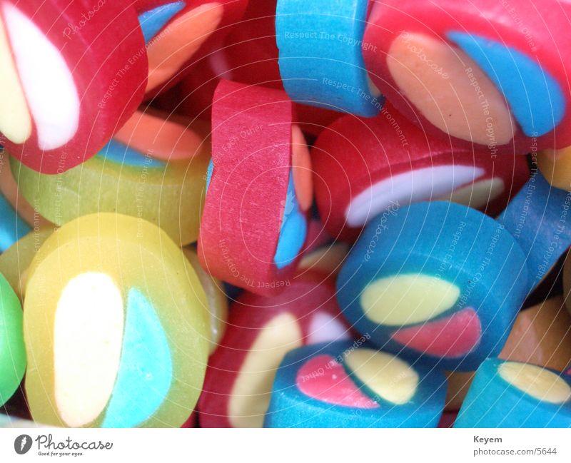 Pico Balla Süßwaren Gummibärchen Weingummi mehrfarbig künstlich ungesund lecker Ernährung Makroaufnahme Chemie