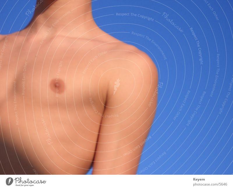 Die Brust Mann Himmel Sonne Sommer Brust