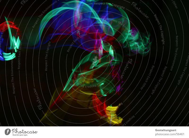 Kindergeburtstag (1/5) Disco Licht Leuchtstab Lampe glühen mehrfarbig schwarz grün gelb rot toben Kunst hüpfen springen Langzeitbelichtung Freude Club