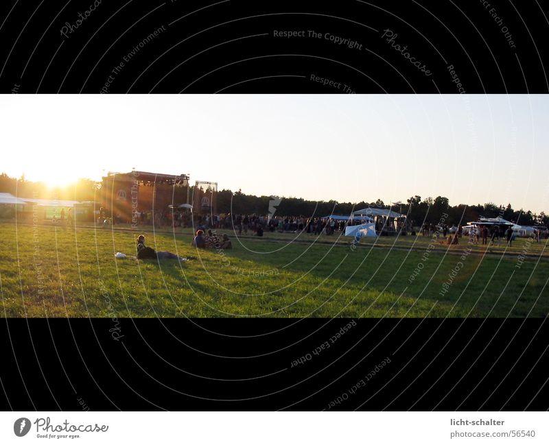 Freakstock Pan Bühne Licht Konzert Musik freakstock Sonne Himmel Musikfestival Rasen gün