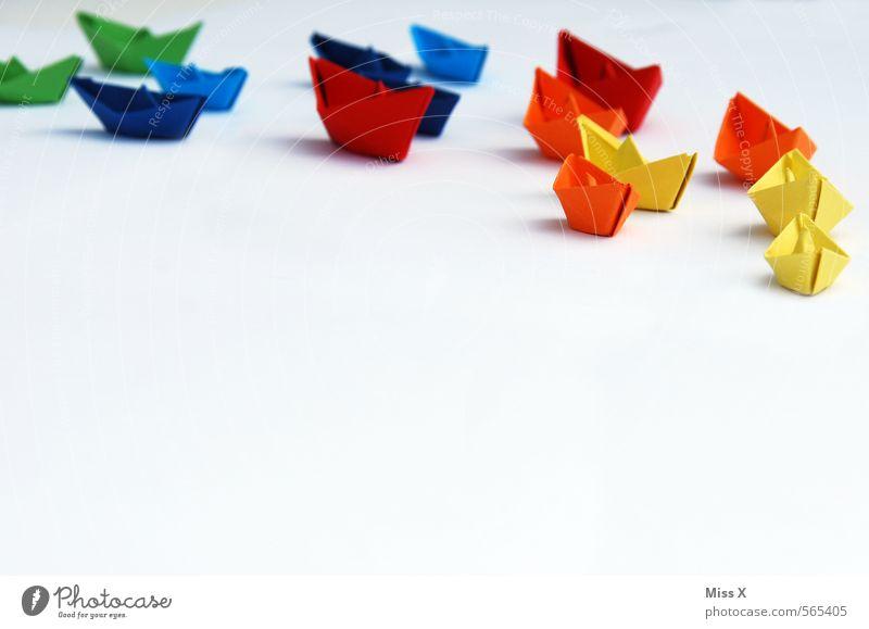 Flotte Farbe Meer Bewegung Spielen klein Schwimmen & Baden Wasserfahrzeug Freizeit & Hobby Beginn Papier Kreativität planen Ziel Schifffahrt Krieg Teamwork