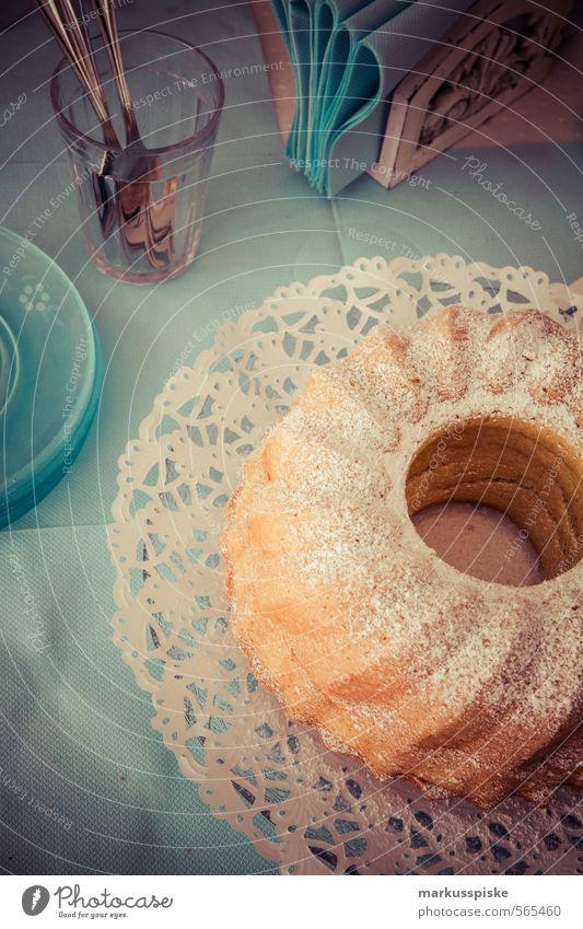 Gugelhupf Lebensmittel Teigwaren Backwaren Kuchen Süßwaren Ernährung Büffet Brunch Festessen Geschäftsessen Fasten Slowfood Geschirr Schalen & Schüsseln