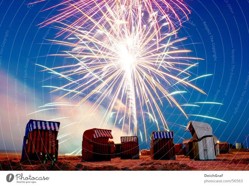 Feuerwerk am Strand Strandkorb Jever Nacht dangast