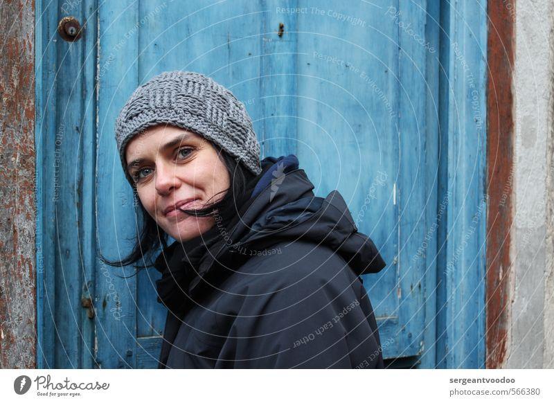 Fleur de Honfleur oder Schwagers Schwester stricken feminin Junge Frau Jugendliche Erwachsene Gesicht 1 Mensch 18-30 Jahre 30-45 Jahre Herbst Winter Mode