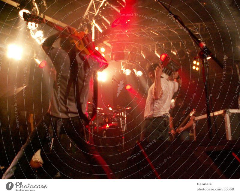 CRN Konzert Dezember Licht Show Punk Rockmusik Gitarre roper crn Schnur Musik lustig